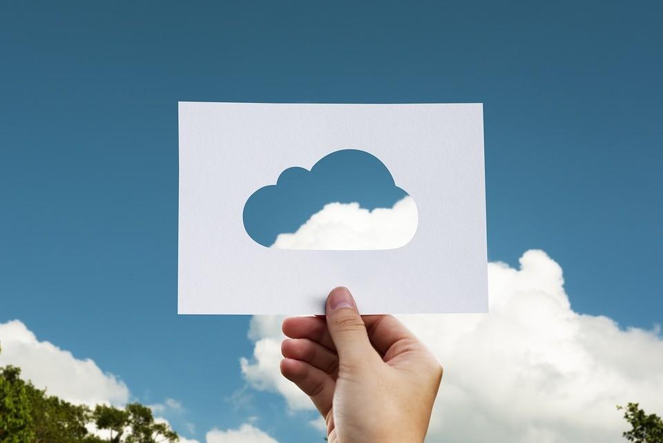 cloud-2104829_960_720