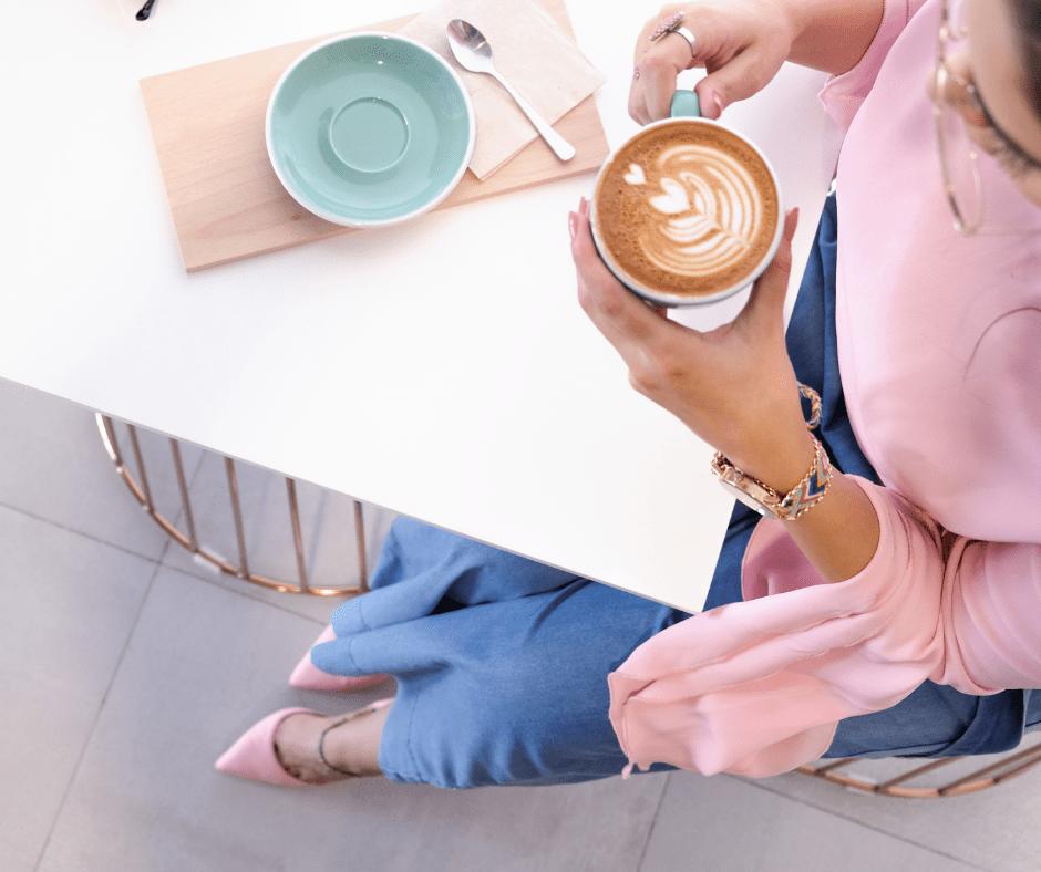 Jak-zadbać-o-swoje-finanse-przy-kawie-1