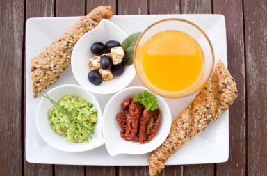breakfast-1804436_1920-384x253